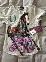 Size M little girls top in Fort Campbell, Kentucky