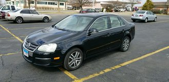 Volkswagen Jetta perfect reliable car by private owner Clean in Naperville, Illinois