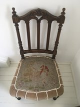 antique french chair needlepoint gobelin Marie Antoinette shabby chic in Ramstein, Germany