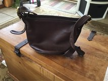 Brown Coach Purse in Fort Campbell, Kentucky