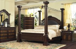KING CANOPY BEDROOM SET in Cherry Point, North Carolina