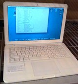 """Apple MacBook 13.3"""" (Late 2009) A1342, P7550, 8 GB RAM, 1 TB HDD, clean in Fort Lewis, Washington"""
