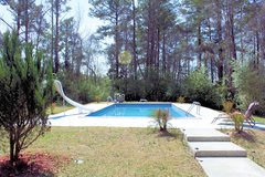Gorgeous home with IN-GROUND POOL! in Camp Lejeune, North Carolina
