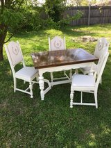 Antique table and 4 chairs in Fort Campbell, Kentucky