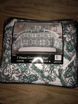 comforter set in Fort Bragg, North Carolina