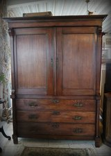 One of a kind armoire with dresser in Wiesbaden, GE