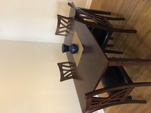 """Dining room table & 4 chairs 35.5"""" x 60"""" dining table in Cary, North Carolina"""