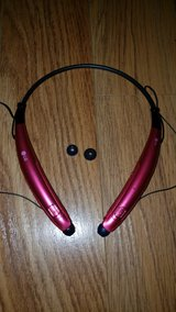 LG PINK Bluetooth Headset HBS 770 in St. Charles, Illinois