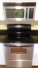 Electric Stove in Fort Campbell, Kentucky