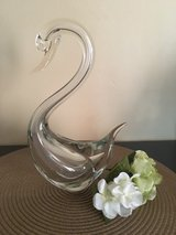 Large flawless vintage crystal swan in Chicago, Illinois