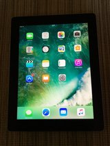 iPad 4 16 GB Wifi in like new condition in Ramstein, Germany