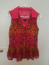New Girls Shirt Never Been Worn Size: 14/16 in Ramstein, Germany