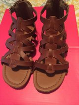 Girls Sandals/brown in Fort Gordon, Georgia