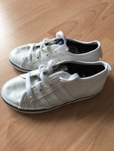 Toddlers Adidas Shoes 11 1/2 29 Sneakers for free in Grafenwoehr, GE