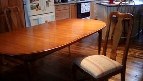 Ethan Allen Maple Dinning room table in Watertown, New York