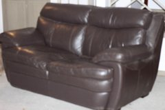 Love seat, leather in Beaufort, South Carolina