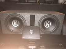 Speakers and Amp in Fort Riley, Kansas
