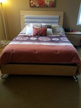 Ashley 4 pc bedroom set in Algonquin, Illinois