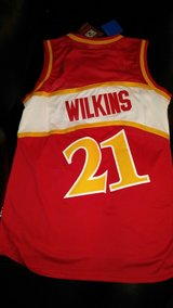 Authentic Stitched Dominique Wilkins Jersey med. in Fort Leonard Wood, Missouri