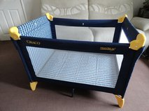 Graco playpen travel carry cot in Lakenheath, UK