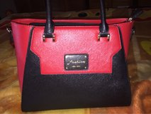 Red/Black Fashion Bag in Ramstein, Germany