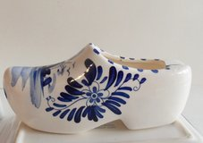 Ladies Ashtray Ceramic Blue and White Dutch Shoe in New Lenox, Illinois