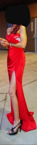 Formal Dress with Clutch in Fort Leonard Wood, Missouri