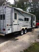 Coachmen Cascade Travel Trailer in Fort Leonard Wood, Missouri