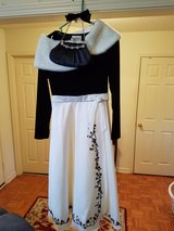 BEAUTIFUL BLACK AND WHITE DRESS W/ PURSE,  CAPE AND HAIR BOW in Clarksville, Tennessee