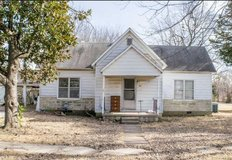 Cash is King on this Chesea Home! !! in Tinker AFB, Oklahoma