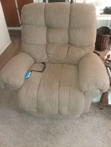 Electrically operated recliner PRICE SLASHED in Alamogordo, New Mexico