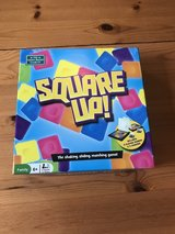 Game- square up- like NEW! in Bolingbrook, Illinois