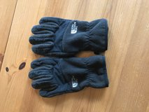 Boys North Face gloves- L in Plainfield, Illinois