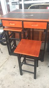Rolling Table (New) with two chairs in Fort Leonard Wood, Missouri