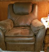 Recliner in good condition in Byron, Georgia