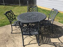 Patio furniture (6 piece set) in Fort Knox, Kentucky