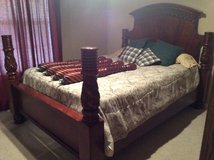 4-poster solid wood bed with box spring and mattress in Fort Polk, Louisiana
