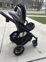UppaBaby Vista Stroller & Accessories in St. Charles, Illinois