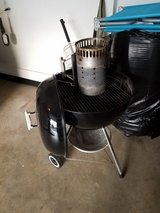 24 inch Weber kettle Grill comes with charcoal starter in Glendale Heights, Illinois
