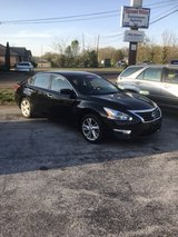 2013 Nissan Altima sv in Fort Campbell, Kentucky