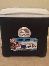 Igloo Contour Cooler in Fort Campbell, Kentucky