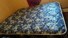 Brand new soft king size bed in Fort Carson, Colorado