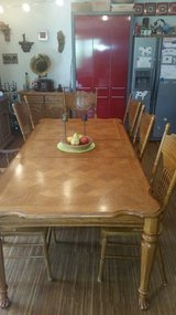 Country Line Dining Table and Chairs in Stuttgart, GE