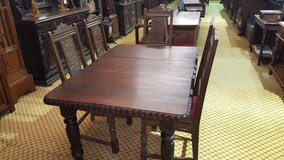 Carved Oak extending Table Free Delivery Others in Lakenheath, UK