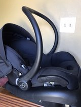 maxi cosi car seat in Cleveland, Texas