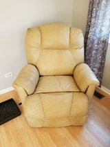 * MUST GO* Leather recliner in Naperville, Illinois