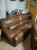 Couch leather loveseat in Alamogordo, New Mexico