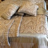 King size comforter set in Fort Knox, Kentucky