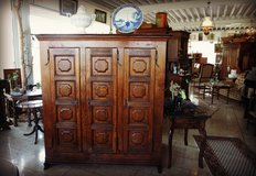 baroque cabinet made of solid oak in Grafenwoehr, GE