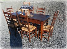rustic dining room set with 6 chairs in Baumholder, GE